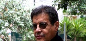 El escritor ecuatoriano Abdón Ubidia presentó en Madrid su nuevo libro.