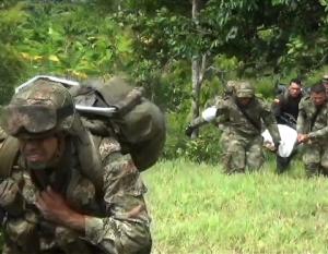 El conflicto armado colombiano provocó al menos 220.000 muertos y más de seis millones de desplazados.