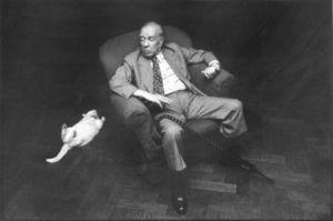 Jorge Luis Borges y su gato Beppo.