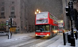 Travel-chaos-as-snow-hits-003